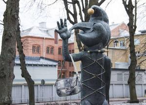 Kasper fick en väska som togs bort under måndagen.   Foto: Julia Östlund