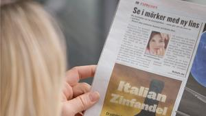 Tidningsläsare. Sverige hamnar på plats åtta när det gäller pressfrihet i världen.