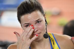 En rörd Susanna Kallur efter finalen på 60m häck vid inomhus-EM i Kombank Arena i Belgrad. Tävlingen avslutar Kallurs karriär.