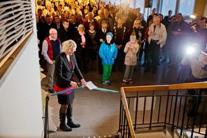 Lena Baastad (S), kommunstyrelsens ordförande, invigde utställningen.
