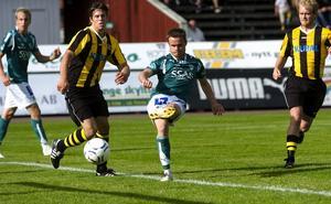 Tvåmålsskytt. Johan Persson svarade för en fin insats, när ha med sina två mål såg till att Brage enkelt kunde vinna över Kubikenborg. Foto:Johan Larsson
