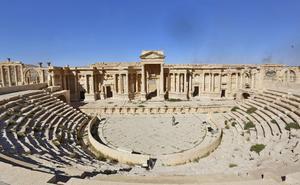 Här är ett foto från 2016 på den världsberömda romerska teatern i det antika Palmura. Teatern ska nu ha förstörts av terrorsekten IS.