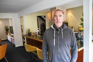 Mats Nordin jobbar som inredare med bas i Hudiksvall. Han har bland annat gjort inredningen i loungen och restaurangen på Strand Hotel i Sundsvall och det var det uppdraget som fick honom att satsa på företaget.
