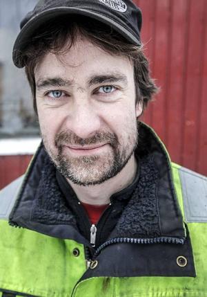 Håkan Larsson räddar gamla klassiker från skroten.