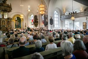 Ulrika Eleonora kyrka fylldes till sista plats när det bjöds in till nationaldagskonsert.