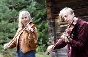 Samantha Ohlanders och Staffan Jonsson bjöd bland annat på Vagabondpolska av From-Olle.
