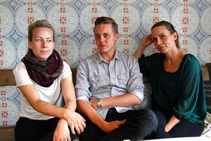 Att arrangera Midvinterglöd har varit en fröjd, men all tid och energi som krävs har varit tärande.  Från vänster: Janina Stoor, Fredrik Fernlund och Petra Shara Stoor.