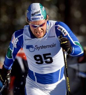 En på två sätt klassisk bild av Mathias. Brons på 15 km i Gällivare 2002 blev belöningen av maxprestationen den dagen.