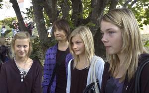 Kompisarna från Granberg har sökt till den nya friskolan, från vänster: Caroline Erlandsson, Rasmus Grehn, Clara Englund och Madelene Hammarström.