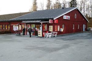 Icabutiken i Kall blir kvar med Anders Landström som ny butikschef. Butiken kommer att heta Ica Nära Kall. Foto: Elisabet Rydell-Janson