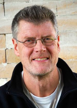 Börje Eriksson. På onsdag kväll håller han föredrag på Falu stadsbibliotek.
