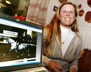 """redo för fest. Pia Hamrén Aragao har kommit hem för att fira sin 50-årsdag med fest i kväll. """"Det bestämde jag redan i januari att jag ville fira den hemma i Gävle."""""""