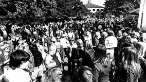 Måndagsträffen Folkets park Västerås. Bilden togs 15 augusti 1977.