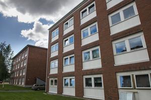 Förrådet består av tre hus med lägenheter, som ligger nära Mittuniversitetet. Området är attraktivt för studenter.