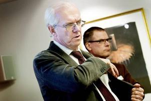 KAN BLI VÄRRE. Peter Gossas vill lämna alla vägar öppna och undvika spekulationer om vad som kan hända under de närmaste veckorna  i finanskrisens spår.  Foto: David Holmqvist
