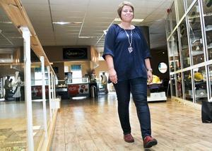 Som centrumledare fungerar Anki Forsberg som en länk mellan fastighetsägaren och butikerna. Sedan våren arbetar hon med att locka fler till Furangallerian i Söderhamn.