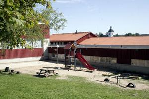 Lukt och mögelproblemen förföljer Hosiannaskolan i Gnarp.