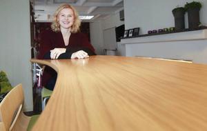Det är glest med kvinnor inom landets bolagsstyrelser. Helena Engberg på Trampolin PR i Östersund hoppas kunna ändra på det. Nu startar regeringen ett program som ska jobba för fler kvinnor i bolagsstyrelserna i Jämtland och Västernorrland.