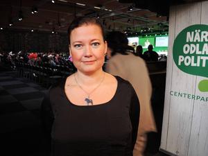 Camilla Andersson Sparring, som är målsägare i åtalet,  känner stöd från partikamrater och partiledning.