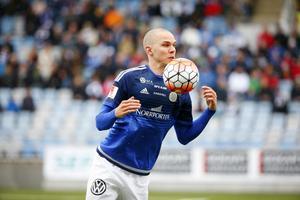 Marcus Danielson är ett osäkert kort inför morgondagen, men Joel Cedergren tror inte att matchen mot IFK Göteborg ska vara i fara för backkuggen.