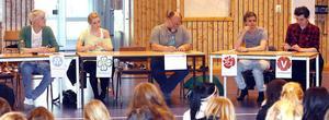 Fem partier svarade på elevernas frågor inför valet.