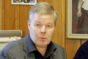 Leif Lindström säger att kommunen då och då får klagomål. Nu ska trafiksituationen kartläggas.