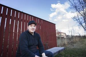 John Blomberg, 24 år, tycker inte att utbudet på uteställen och ställen att umgås på är tillräckligt i Ljusdal.