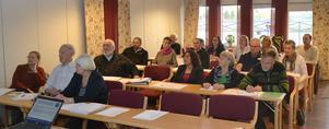 Ledamöterna i styrelsen för Dalarnas FN-distrikt höll under lördagen Kick-off seminarium i Moraparken.