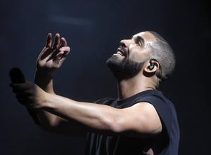 Drake är årets mest spelade artist på Spotify globalt sett.