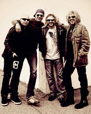Det utlovas ordentligt drag och bluesrock när gitarristen Joe Satriani och vokalisten Sammy Hagar bränner loss på Rockweekend.