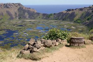 Den vulkaniska kratern Rano Kau vid öns sydspets. Bild: Lars Alenius.