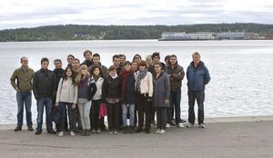 Under en knapp vecka har ett tjugotal elever från arkitektutbildningar i Sverige, Spanien och Polen bott och arbetat på Håstaholmen.