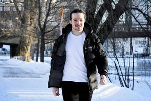 Robin Viström gick igenom en lyckad hjärtoperation. I dag mår han bra och kan idrotta igen.