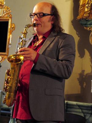 Libor Sima spelade både saxofon och fagott.