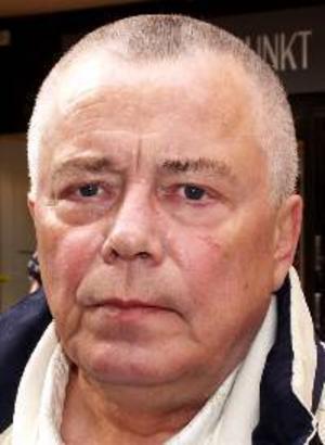 Leif Lundin, 64 år,  Brunflo:– Ja, att gå ned i vikt. Det är det jag jobbar med för stunden. Det är ingen vits att fantisera om att man ska vinna pengar.