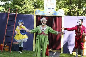 Clownen Manne har fyllt 70 år, men går till synes aldrig ur tiden.