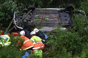 Mitträcket hade förhindrat dödsolyckan den 9 augusti.  Vid avåkningen törnade olycksbilen även mot ett par stenar i diket. Sådana plockas bort i samband med att mitträckesprojektet genomförs.