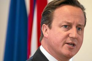 Pinsam. När David Cameron försöker fjäska med de EU- och främlingsfientliga krafterna blir det direkt pinsamt. Arkivfoto: Vanden Wijngaert/TT-AP