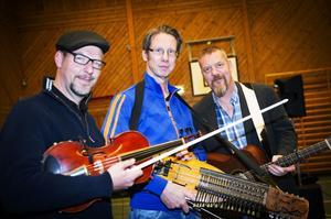 Folkmusikgruppen Väsen, som rönt internationell framgång, spelar på Thuleteatern på fredag.