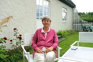 Sedan Karin Stjärnströms dator och telefon slutade fungera har hon fått lov att åka till en granne för att kolla mejlen och betala räkningar.