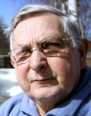 Kjell Edbom är nöjd med årets provfiske och utplanteringen av ytterligare 15 000 kräftor i västra.