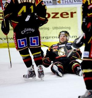 Jonathan Granström pustar ut efter de fyra målen.