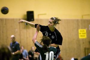 Theresia Olsson gjorde ett av Strands mål.