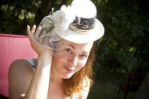 Sophie Liljemark med hatt.
