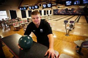 Östersundaren Ralf Lantz har varit med i länets bowling i över 20 år. Han har alltså insikt när han framför sina åsikter om framtiden för bowlingen.