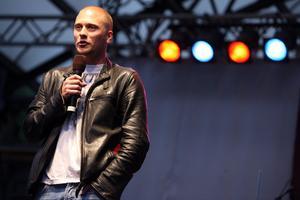 Magnus Betnér får debattprogram i Kanal 5.