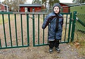 Arkivbild: LARS WIGERT Gick från dagis. Daniel Svedin tog sig ut genom grinden och försvann från daghemmet.
