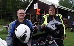 Rolf Lekare och Åsa Mårtensson bor i Mockfjärd. Båda sitter i klubbens styrelse.FOTO: CHARLOTTA RÅDMAN FRANS