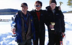 Börje Jernberg, Maud  Eriksson och Lars Hansson vann en varsin klass i 21:a upplagan av Målingspimpeln.  Foto: Privat