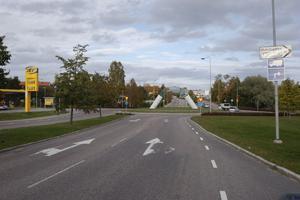 Vid Södra vägen i Hudiksvall föreslås höjd hastighet till 60 kilometer i timmen, för bättre tillgänglighet. Trafikverket vill minska antalet hastighetsbegränsningar, vilket gör att 50- och 70-skyltarna på sikt ska bort.